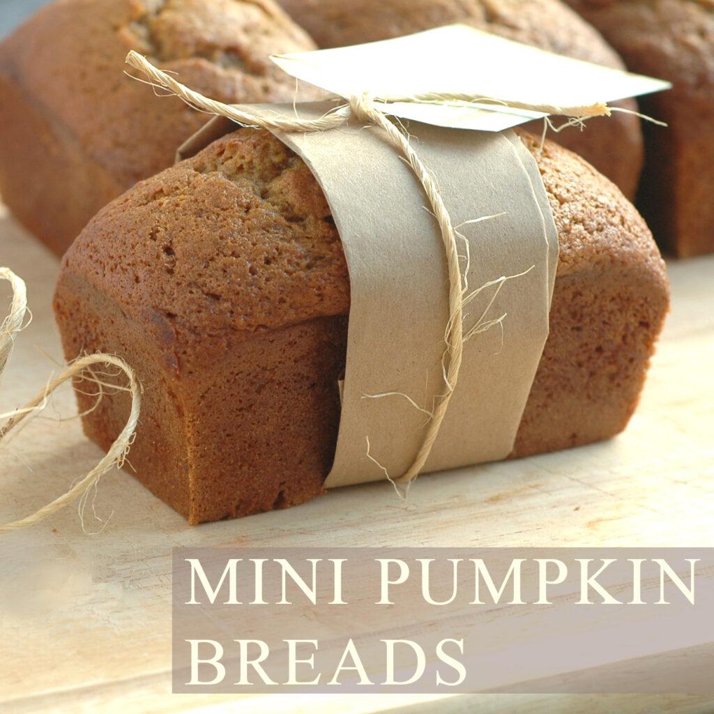 MiniPumpkinBreads01